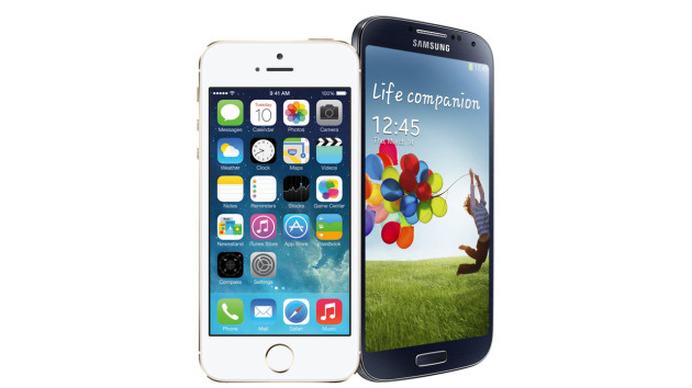 Samsung: Apple non detiene i brevetti di bellezza e sensualità di uno smartphone