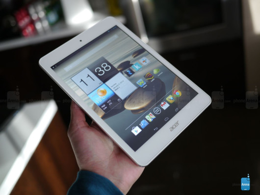 09-acer-iconia-a1-hands-on-02