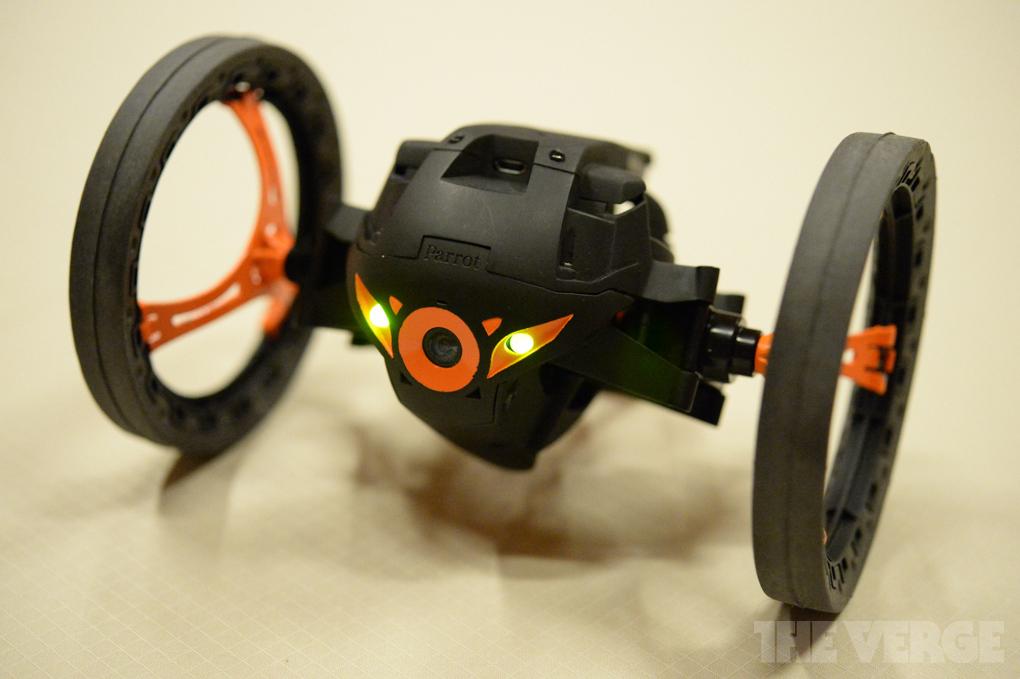 parrot-drones8_1020_verge_super_wide