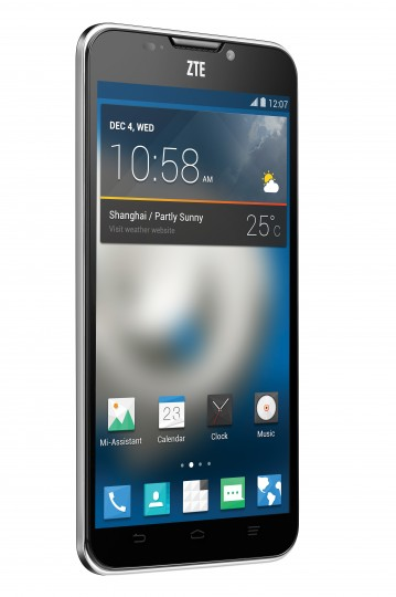 ZTE Grand S II: il nuovo smartphone che riconosce la voce del suo proprietario | CES 2014 [Video]