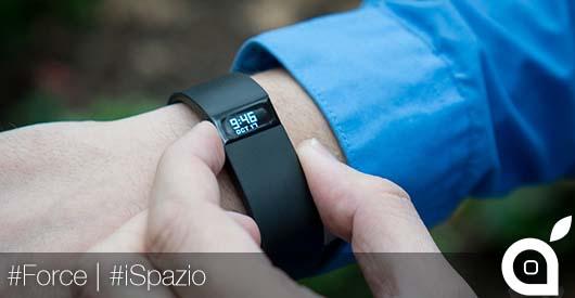 Bloccate le vendite di Force, il braccialetto made in Fitbit. Potrebbe essere causa di allergie cutanee