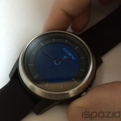 Ispazio prova cookoo smartwatch orologio alla moda con for Orologio della samsung