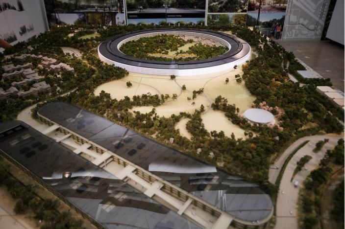 Il via al nuovo quartier generale di Apple: primi scatti dall'alto