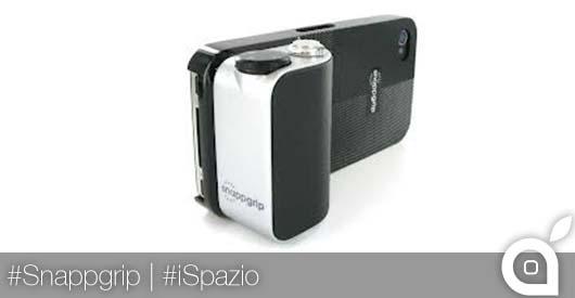 [MWC 2014] Presentato Snappgrip: l'accessorio per trasformare l'iPhone in una fotocamera pronta allo scatto