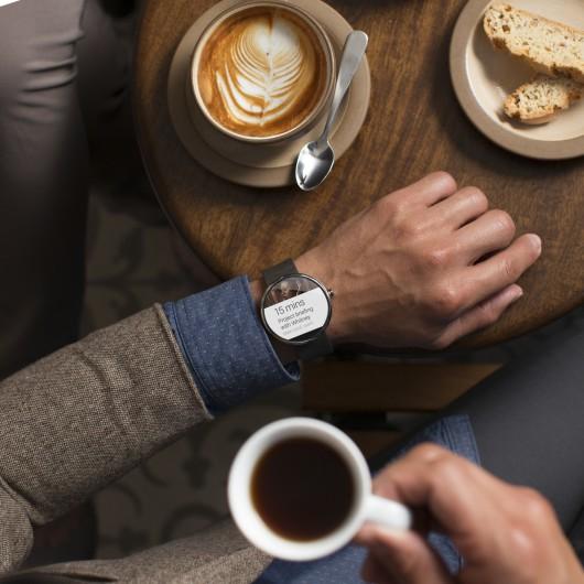 Motorola-Moto-360-Cafe-001