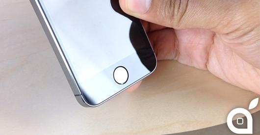 Un nuovo brevetto spiega come rendere oleorepellenti i display in zaffiro