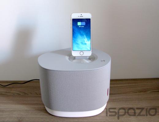 iSpazio prova in anteprima NudeAudio Studio 5: qualità, potenza e design in questo diffusore Bluetooth con dock iPhone Lightning