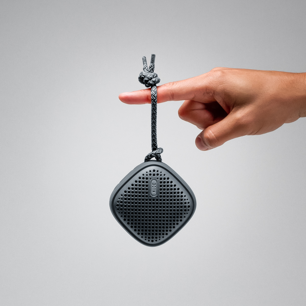 NudeAudio presenta la nuova collezione BLACK di Speaker portatili Bluetooth