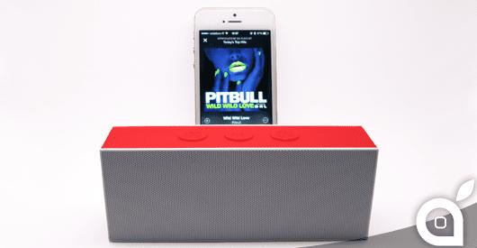 Saldi d'estate: sconto del 30% sul potente ed economico mini speaker Bluetooth August SE30