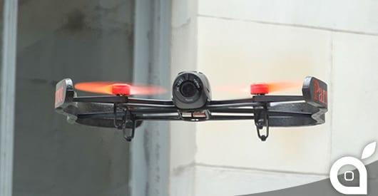 Parrot presenta il nuovo Drone Bebop che promette di essere i nostri occhi nel cielo [Video]