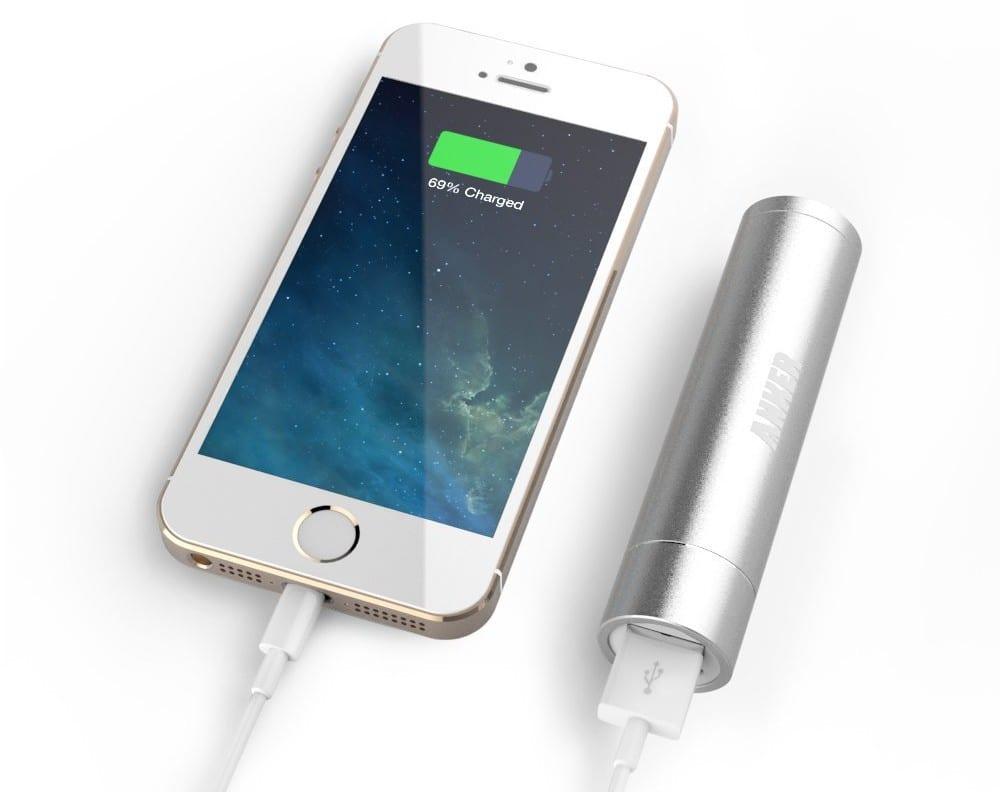 Batteria compatta Anker mini con tecnlogia PowerIQ, ad un prezzo speciale