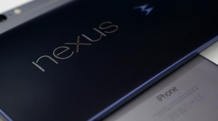 nexus-6-iphone-6-plus-design