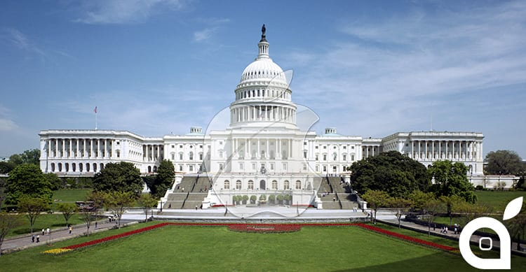 Tim Cook ha incontrato il senatore Hatch per parlare di tecnologia durante il suo ultimo viaggio a Washington