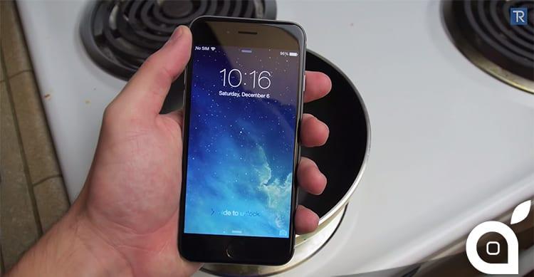 iPhone 6 bollito nella Coca Cola [Video]