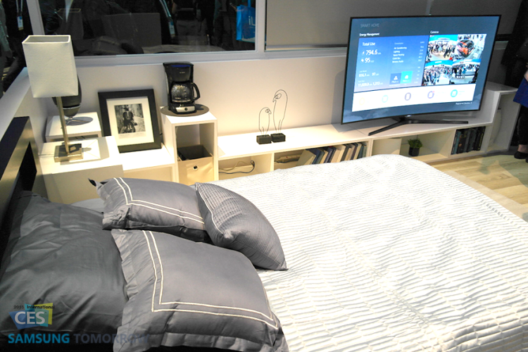 Bed_room_IoT_Booth_Samsung_CES_2015