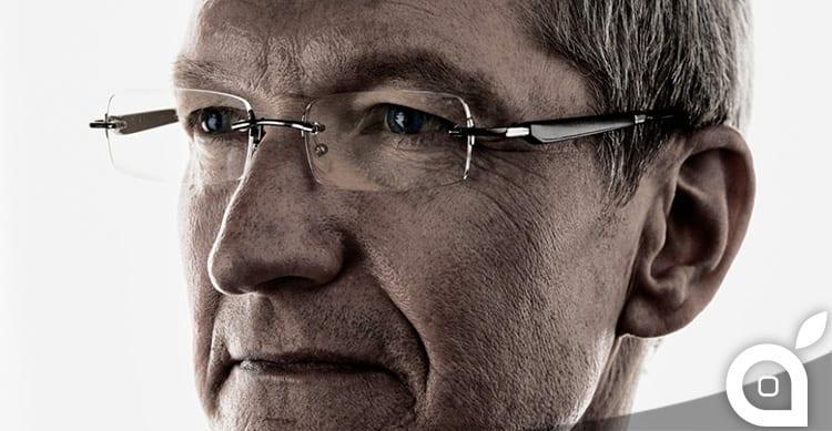 """Tim Cook e i 5 come CEO di Apple: sbloccato il """"bonus"""" da 100 milioni di dollari"""