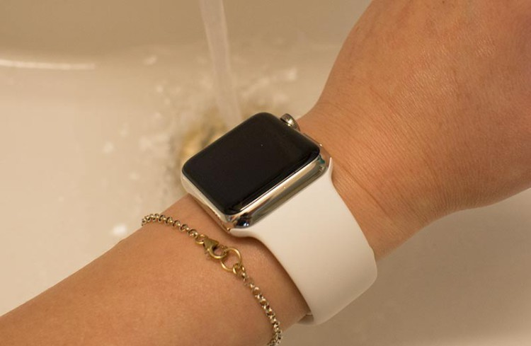 applewatchwater-800x522
