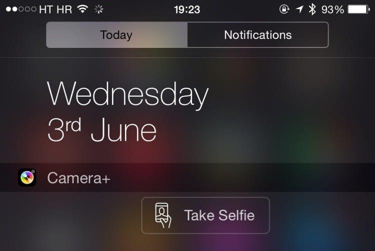 Camera-Plus-for-iPhone-selfie-widget-button