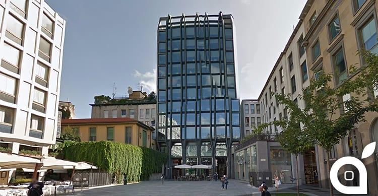 Ancora problemi per l'Apple Store nel centro di Milano: gli assessori vogliono difendere la piazza ed il cinema Apollo