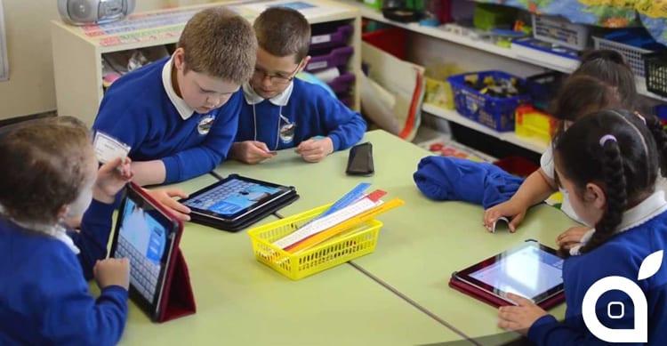 L'istruzione italiana si modernizza: presto smartphone e tablet utilizzabili in classe