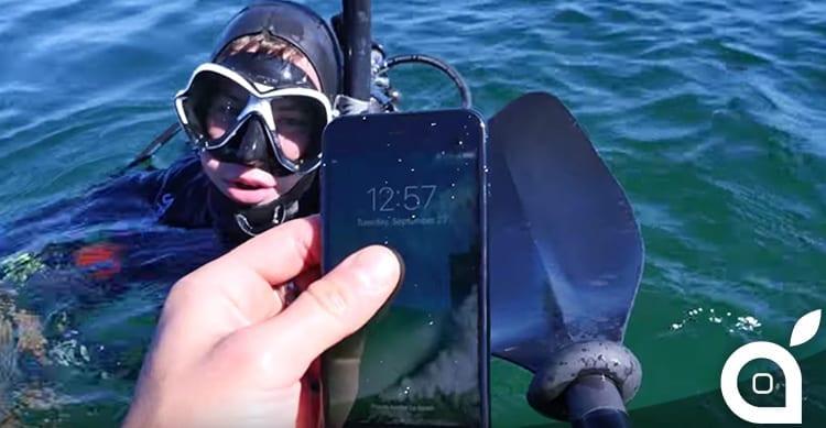 Immersione subacquea con iPhone 7: fino a quale profondità resisterà? [Video]