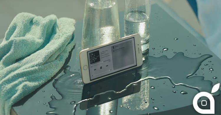 """Apple pubblica """"Dive"""", un nuovo spot dedicato ad iPhone 7 [Video]"""