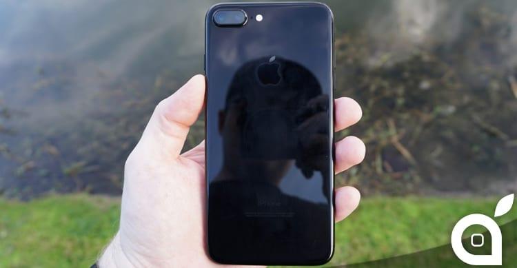 iPhone 8: lo schermo OLED non basterà per tutti i dispositivi. Ci sarà su un solo modello
