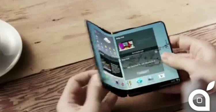Tra i dispositivi che Apple non realizzerà, emerge il brevetto sull'iPhone pieghevole