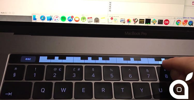 piano-on-touch-bar