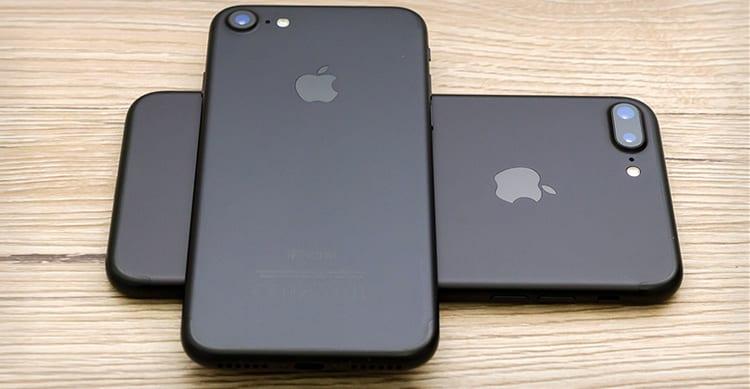Grosso è meglio… Gli americani amano gli iPhone Plus dallo schermo più grande