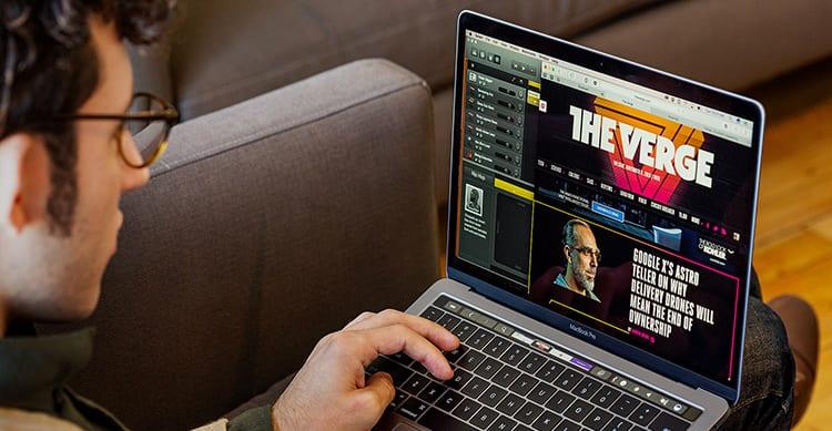 Durante la WWDC Apple ha annunciato i nuovi MacBook Pro con processori Kaby Lake ed SSD più veloci. La differenza nelle prestazioni rispetto ai modelli dell'anno scorso è circa del 20%.