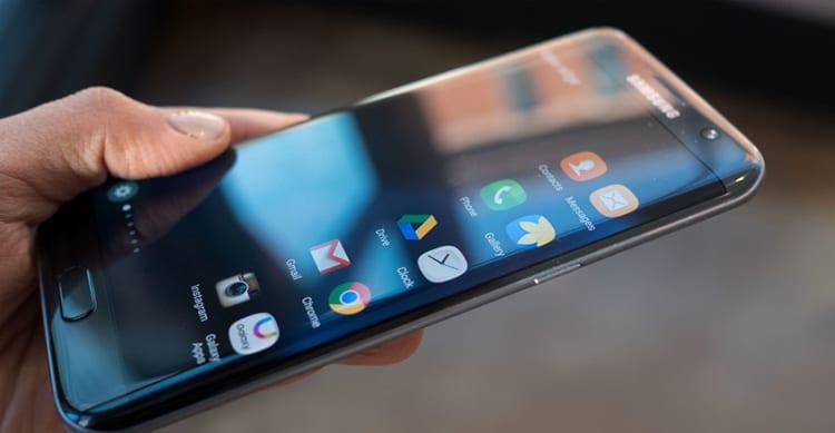 Samsung ed Apple utilizzeranno quasi tutti gli schermi OLED che si riusciranno a produrre nel 2017. La prima vuole inoltre produrre i chip A12