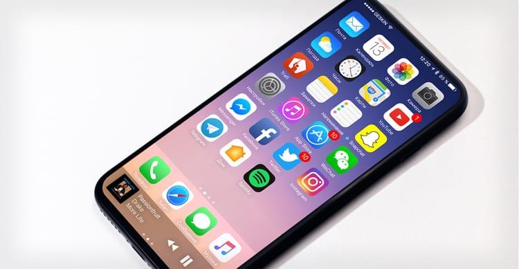 """Apple starebbe testando contemporaneamente due prototipi di iPhone 8 con fotocamera """"invisibile"""" e tante novità"""