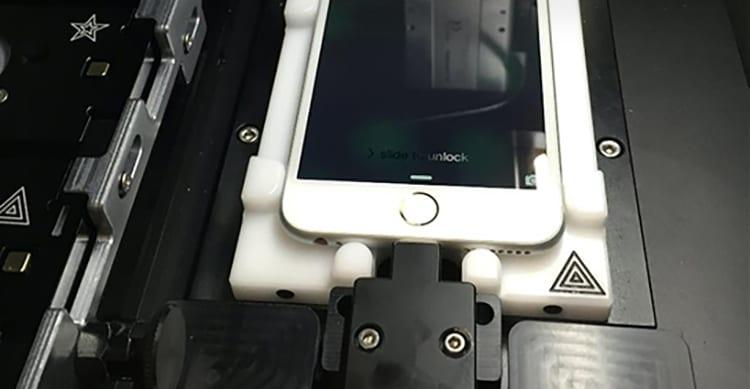 Riparare un iPhone presso un Centro di Assistenza Autorizzato diventerà molto più veloce: basteranno 15 minuti