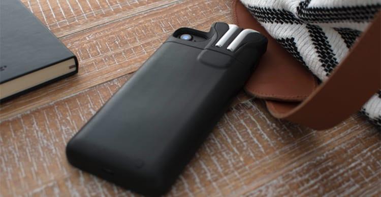 Il fondatore di Pebble presenta 'PodCase', un case per ricaricare insieme iPhone ed AirPods! [Video]