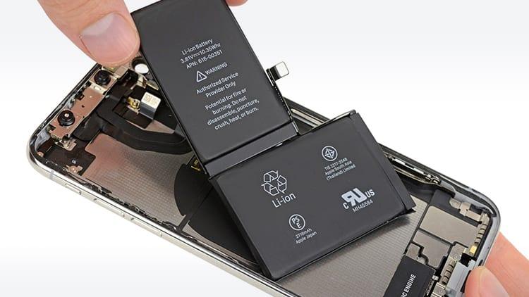 iPhone XS ha una batteria più piccola rispetto all'iPhone X: ecco tutti i dettagli sulle capacità