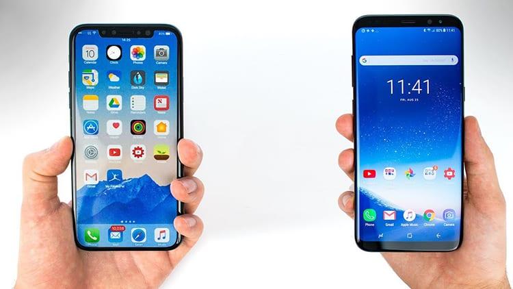 I giovani vogliono l'iPhone mentre gli adulti preferiscono i Samsung