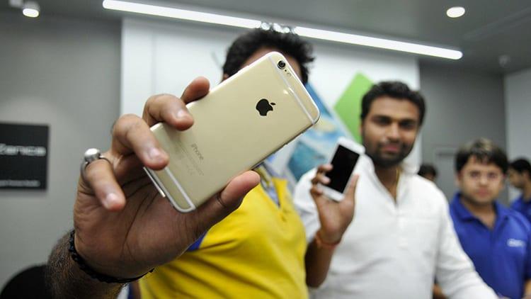 Apple deve affrontare un aumento delle tasse sull'importazione degli iPhone in India