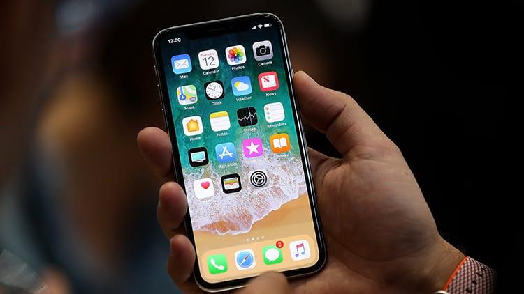 L'iPhone è, ancora una volta, il prodotto tecnologico più venduto del 2017
