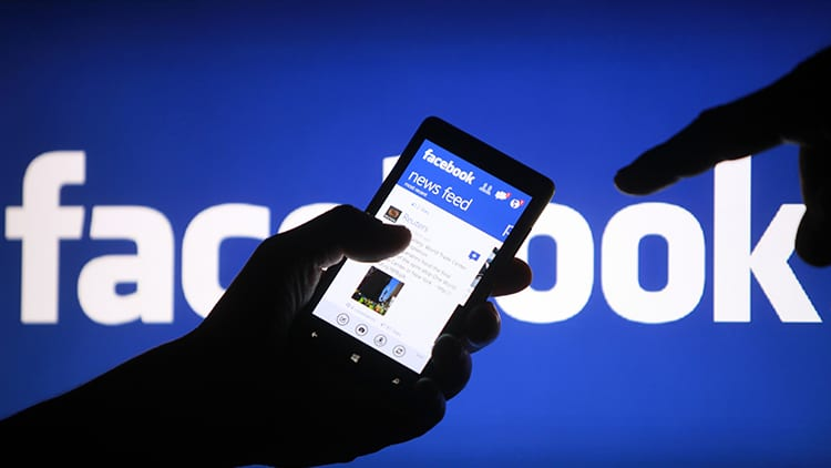 """Facebook introduce la funzione """"snooze"""" per silenziare amici, gruppi e pagine"""