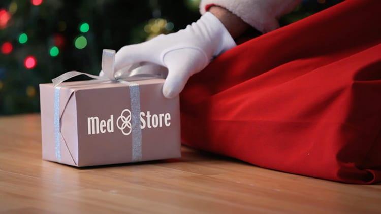 Med Store accende il Natale, ecco la guida ai regali più cool