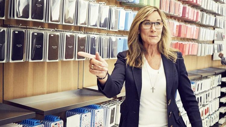 Angela Ahrendts parla degli investimenti di Apple in Giappone: «nuovi Store in arrivo»