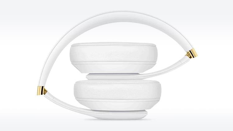 """Bloomberg conferma l'arrivo delle cuffie """"over-ear"""" di Apple"""