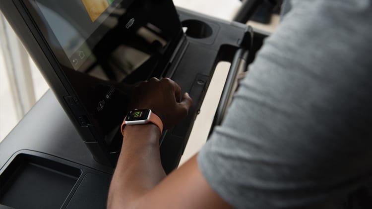 In palestra con Apple Watch: sono più di 5000 gli attrezzi Technogym che comunicano con l'orologio