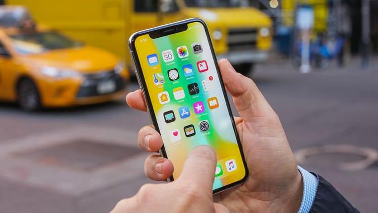 L'iPhone X venderà esattamente la metà rispetto alle previsioni, secondo gli analisti di Citi