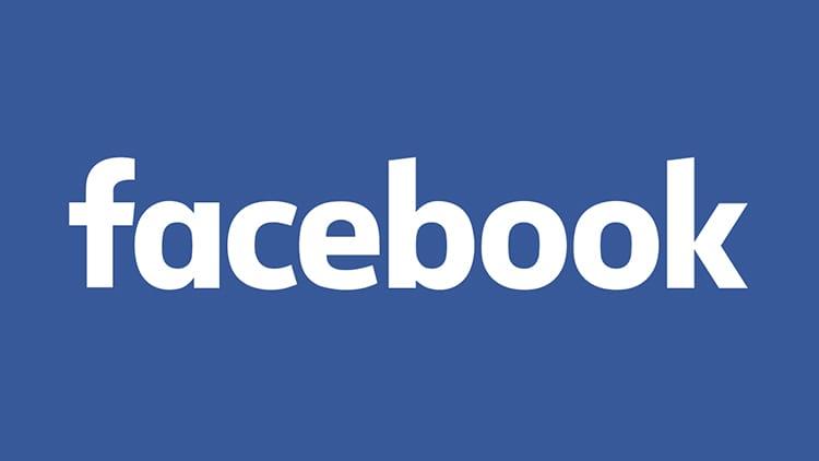 Facebook, un bug ha colpito 14 milioni di utenti: post privati condivisi come pubblici