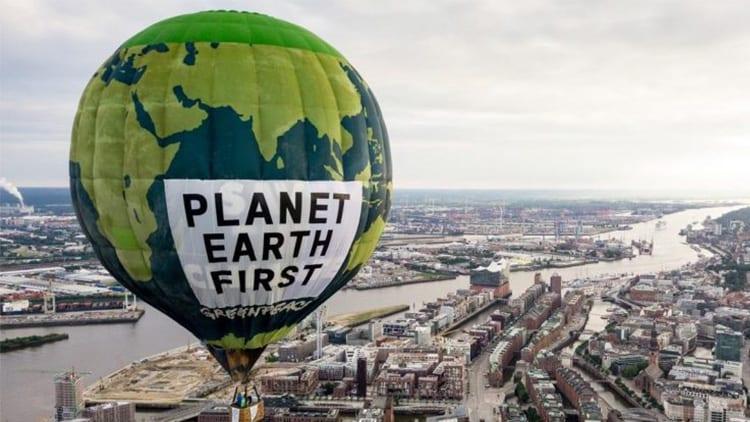 """Greenpeace: """"Apple dovrebbe creare prodotti più longevi piuttosto che robot per il riciclo"""""""