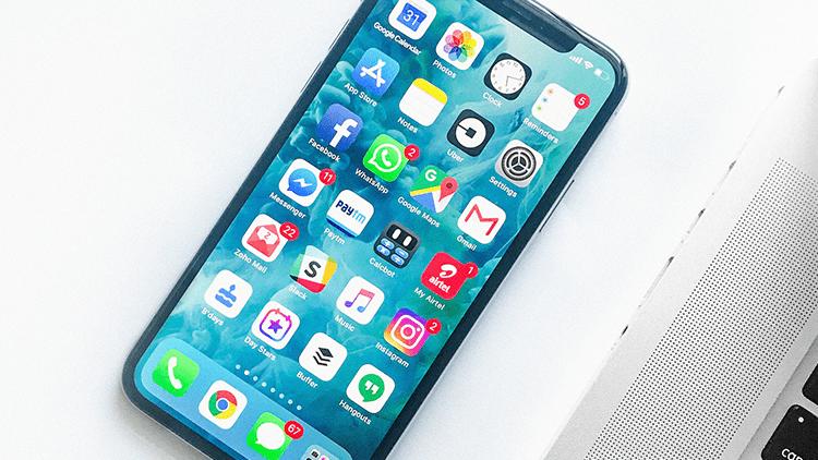 L'iPhone X è morto, queste le parole dell'analista Neil Campling