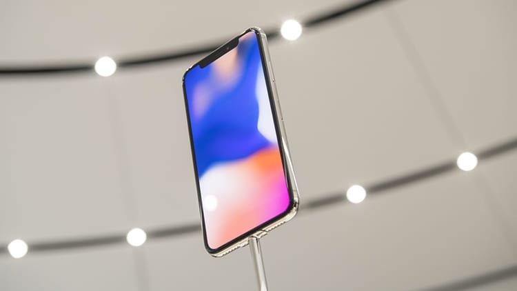 Samsung conferma che la domanda di OLED per iPhone X è rallentata