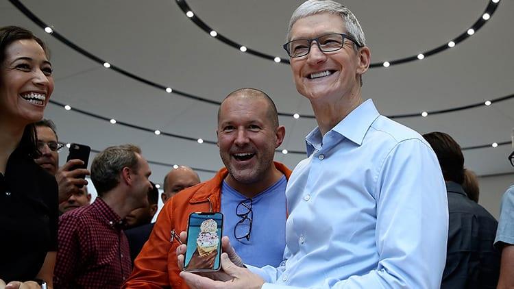 Tim Cook sulle vendite di iPhone X: «è l'iPhone più venduto nel Q2 2018, ed è molto amato dagli utenti»